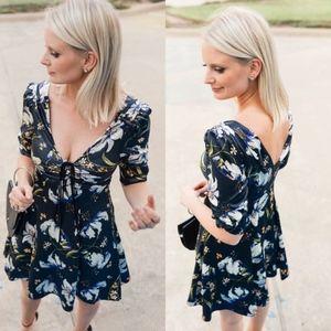 Cinq a Sept 100% Silk Floral Print Dress